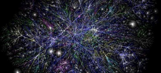 Раскрашенная карта части крупных узлов интернета 2005 год